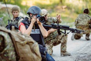 lavorare come giornalista di guerra